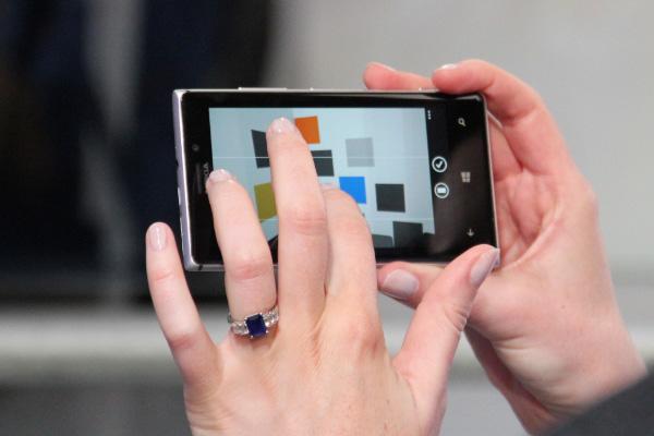 lumia 925 дисплей